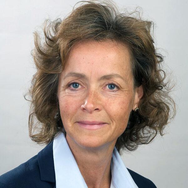 Dr. Nicola von Lutterotti